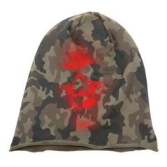 """Rotten Zombie Skull"" Woodland Camo Tarn Beanie in Brooklin Style in red"